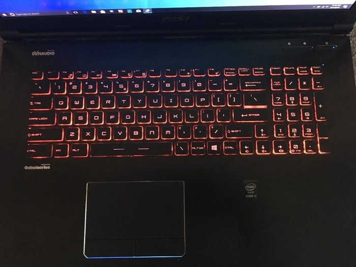 Apache Pro Gaming Laptop. Photo 1