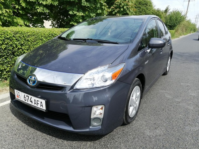 Toyota Prius 2011. Photo 0