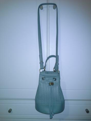 Oλοκαινουργια τσαντα ZARA bucket bag, με υψος 18 cm. Photo 1