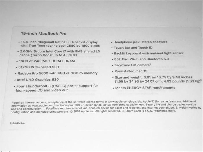 Apple macbook pro. Photo 1