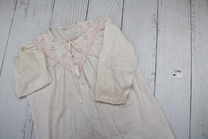 Домашние костюмы - Киев: Товар: Ночная рубашка женская,бело-розовая с рисунком,11834