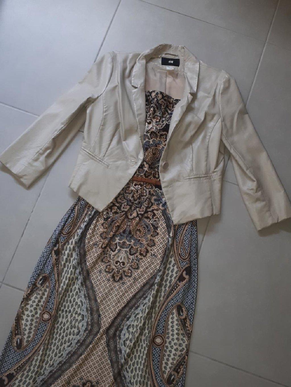 Mango suits Τουαλέτα, μαξι φόρεμα πολύ επίσημο στιλ ♡ μια φορά το φόρεσα! Είναι σαν καινούργιο ♡♡ νούμερο L! Με το δερμάτινο σακάκι (H&M) το συνδύασα! Όποιος θέλει μαζί το δίνω! Αποστολή με ΕΛΤΑ, τιμή μαζί με τα έξοδα αποστολής!