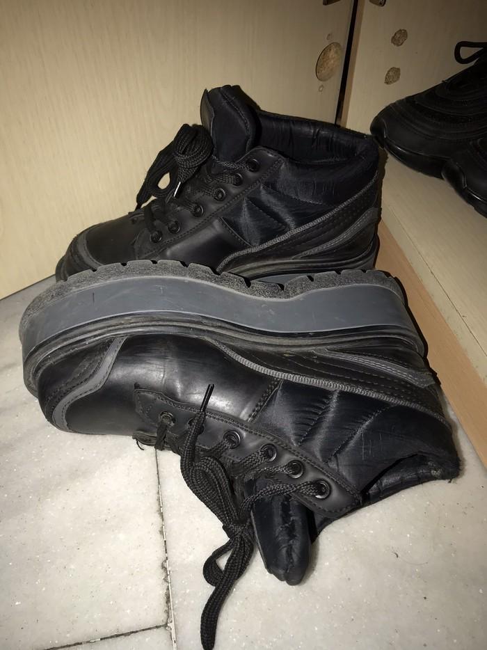 Μαυρα τυπου αθλητικα παπουτσια νουμερο 38. Photo 1