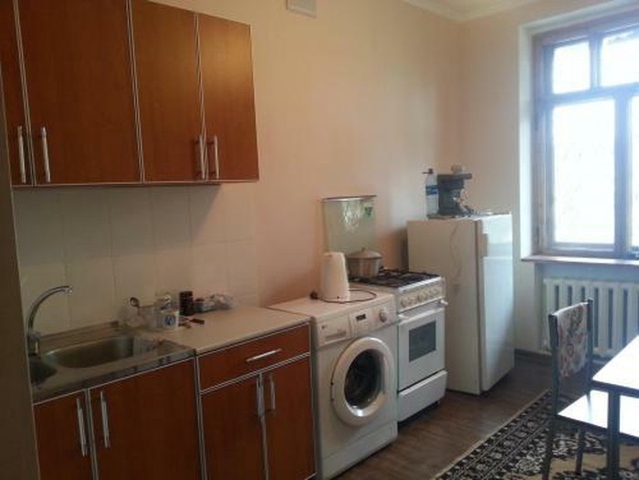 Сдается квартира: 3 комнаты, 75 кв. м., Бишкек. Photo 0
