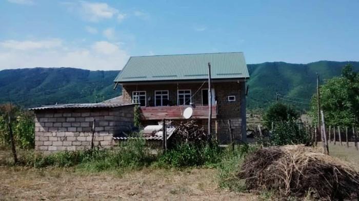 Satış Evlər mülkiyyətçidən: 90 kv. m., 3 otaqlı. Photo 2