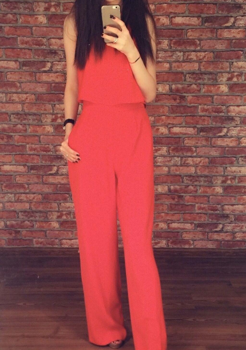 Красный комбинезон от Zara. Идеальная посадка. Насчёт доп фото пишите