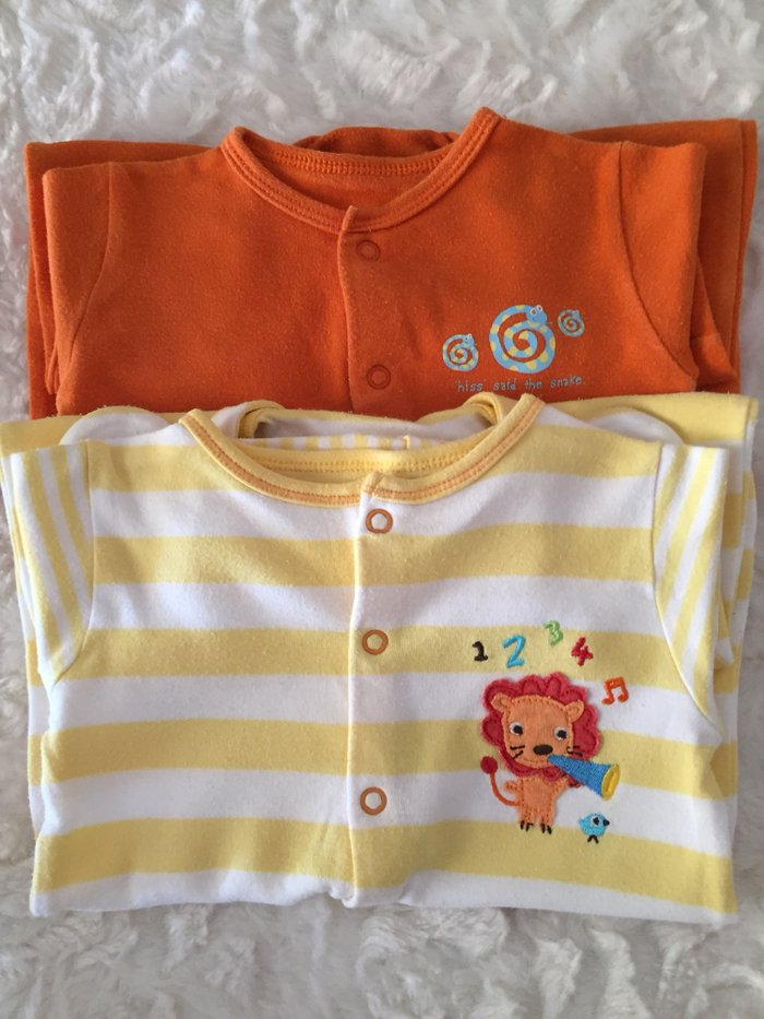 2 babygrows. 0-3 months. Good condition.. Photo 0