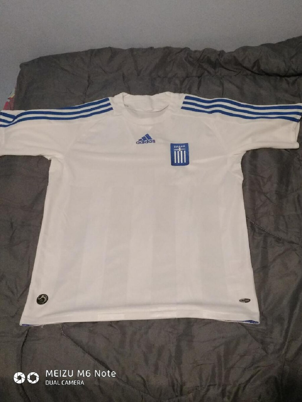 ΑΥΘΕΝΤΙΚΗ φανέλα της εθνικής Ελλάδος επίσημη με ταυτοποίηση από την Adidas original θα ήθελα το άτομο που θα την παραλάβει να μείνει σε καλή κατάσταση