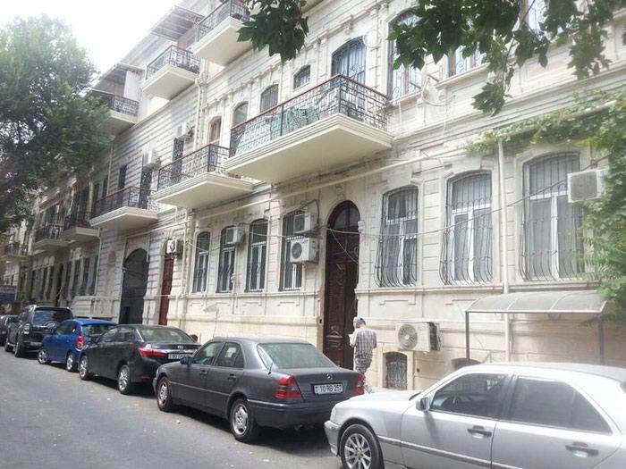 Mənzil satılır: 1 otaqlı, 38 kv. m., Bakı. Photo 1