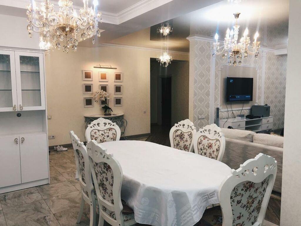 Сдается квартира: 3 комнаты, 130 кв. м, Бишкек: Сдается квартира: 3 комнаты, 130 кв. м, Бишкек