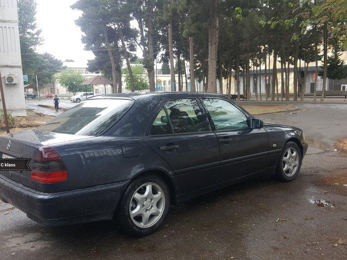 Mercedes-Benz C 180 1999. Photo 1