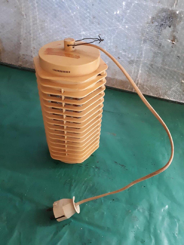 Lampa protiv komaraca sa sijalicom,polovna