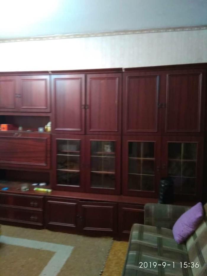 Продается квартира: 3 комнаты, 63 кв. м., Бишкек. Photo 2