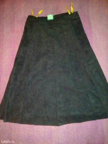 C&a plisirana crna suknja (sa postavom) vel. 40. L, duzina 70cm,. Photo 5