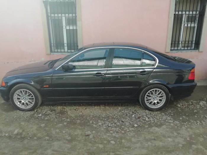BMW 323 1998. Photo 4