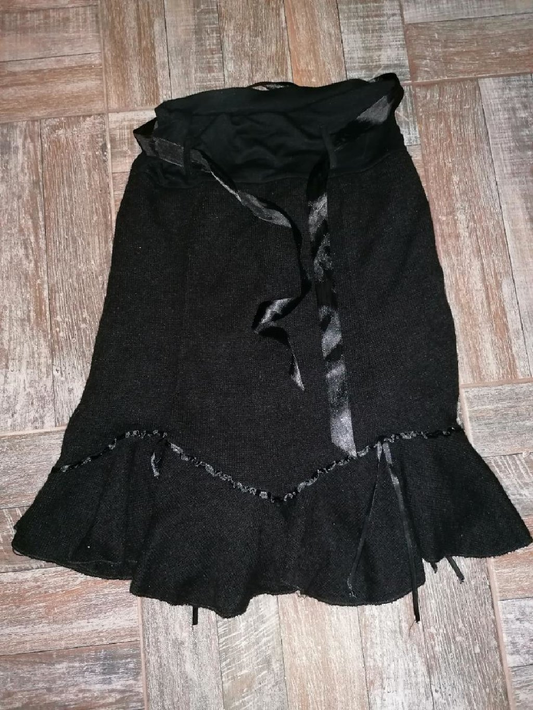 Suknje - Leskovac: Nova suknja zimska, vel. S/M