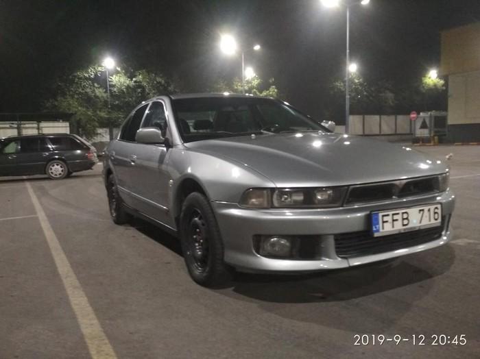 Mitsubishi Galant 2001. Photo 0