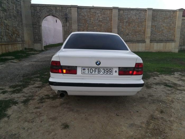 BMW 525 1990. Photo 2