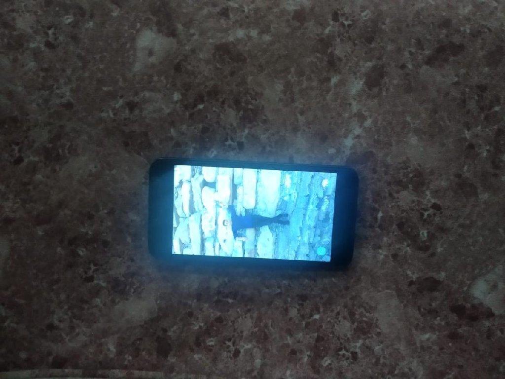 İşlənmiş Samsung Galaxy J2 Core 16 GB qara