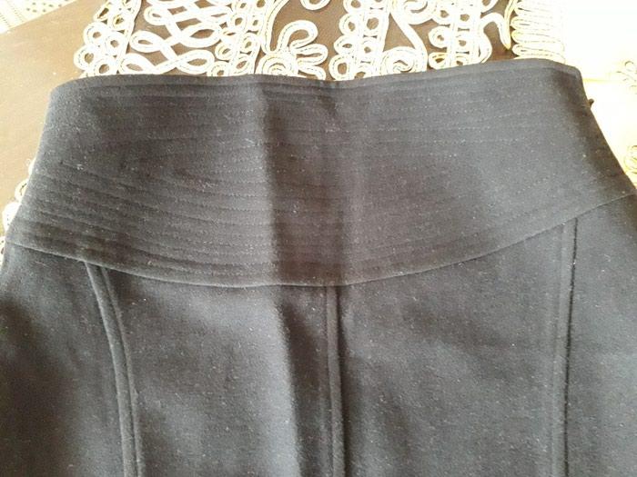 Черная юбка как новая. Турция. Размер 38. Длина юбки 61 см.. Photo 0