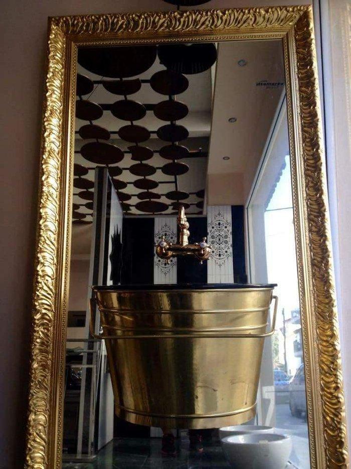 Επιπλο καθρεφτης για το μπανιο με ενσωματωμενο νυπτηρα και μπαταρια. Υ σε Αθήνα