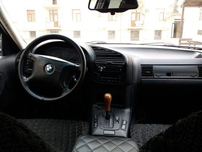 BMW 318 1997. Photo 4