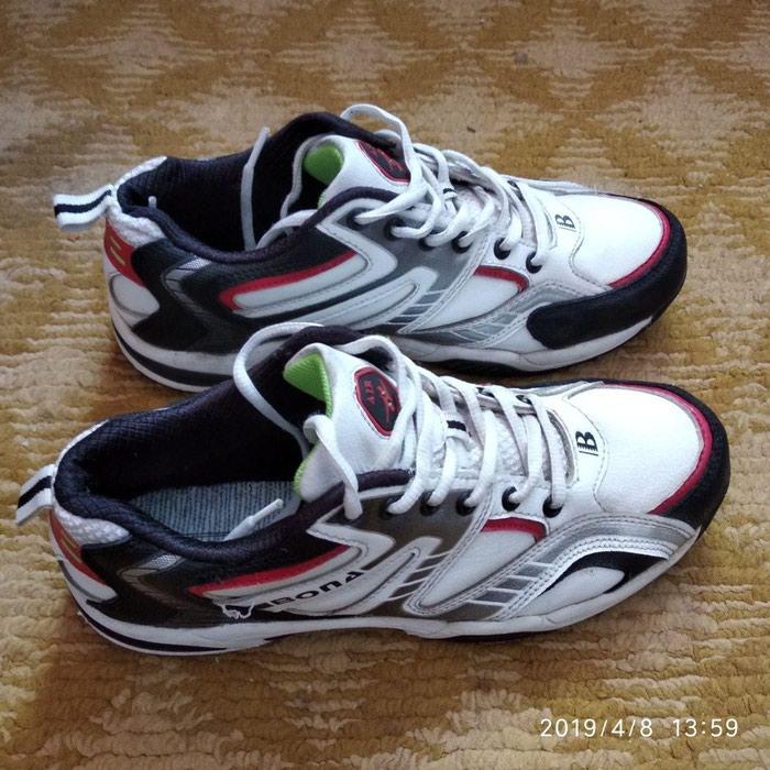 eb573baa003a96 Новые кроссы, 40 размер (длина 25 см) Фирма Bona. Заказывали с США ...