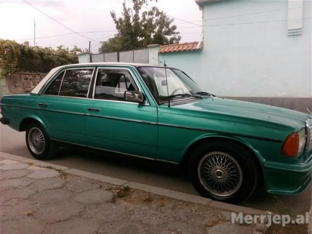 Mercedes-Benz 240 1983. Photo 1
