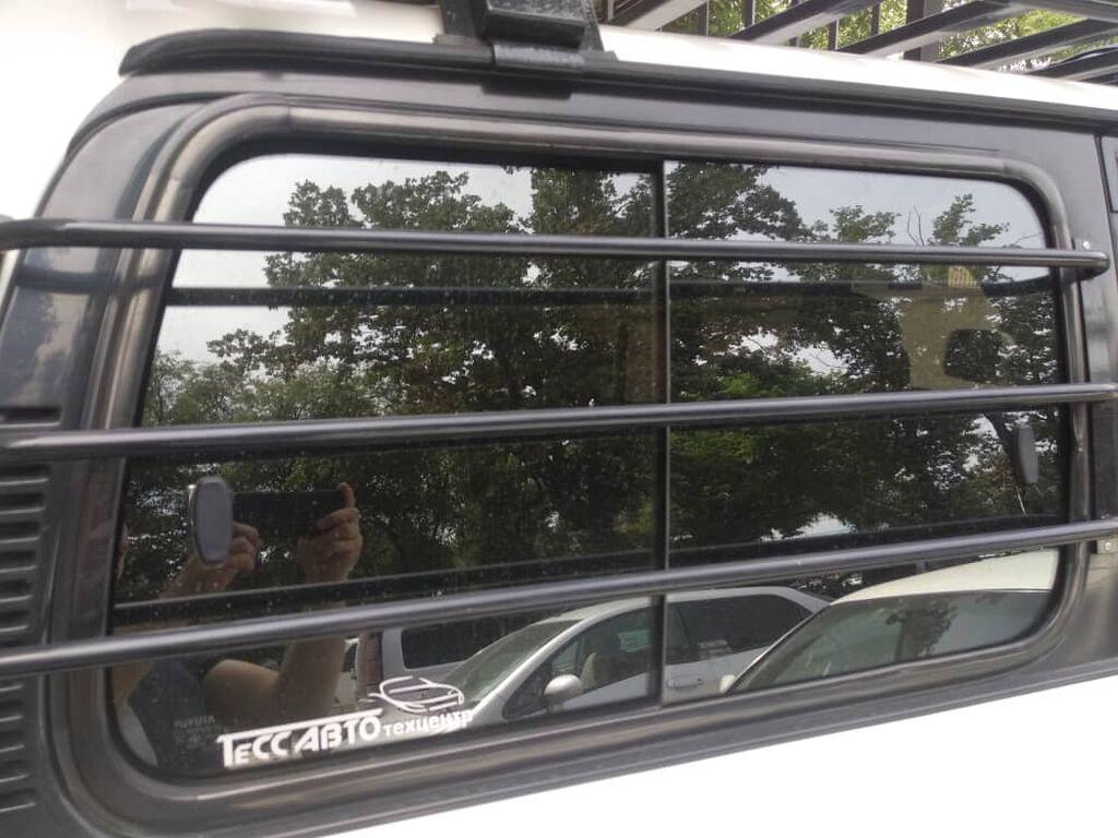 Toyota Land Cruiser 80 стекло заднее правое сдвижное, Тойота Ленд: Toyota Land Cruiser 80 стекло заднее правое сдвижное, Тойота Ленд