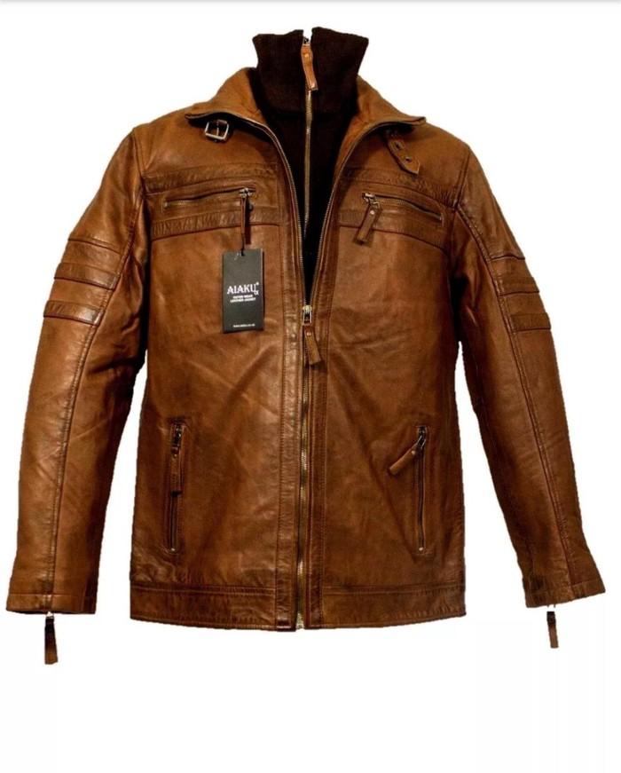Leather jacket. Photo 2