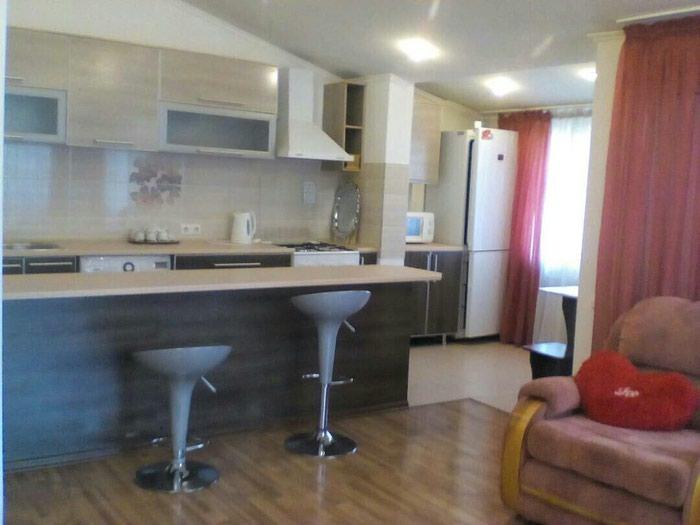 Продаю 1-ю квартиру (студию) 4 этаж , Панфилова Боконбаева, есть всё.. Photo 0