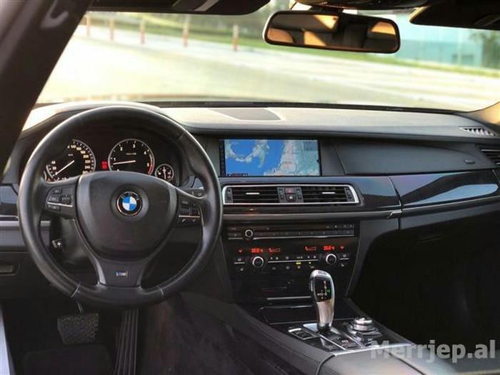 BMW 730 2010. Photo 0
