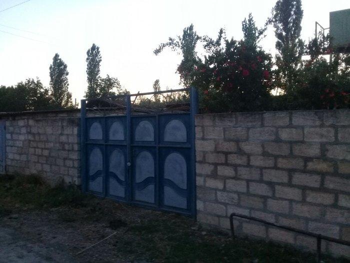 Xaçmaz şəhərində Sabran rayon dasliyatag kendinde 3 otag 1 salon heyet evi satilir qazi