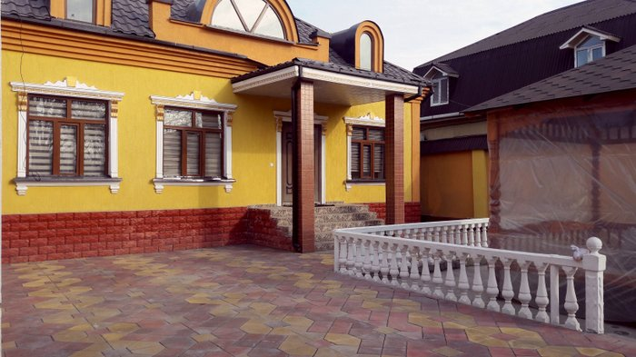 Продаётся компактный дом, с ремонтом с мебелью. (заходи и живи). в Душанбе