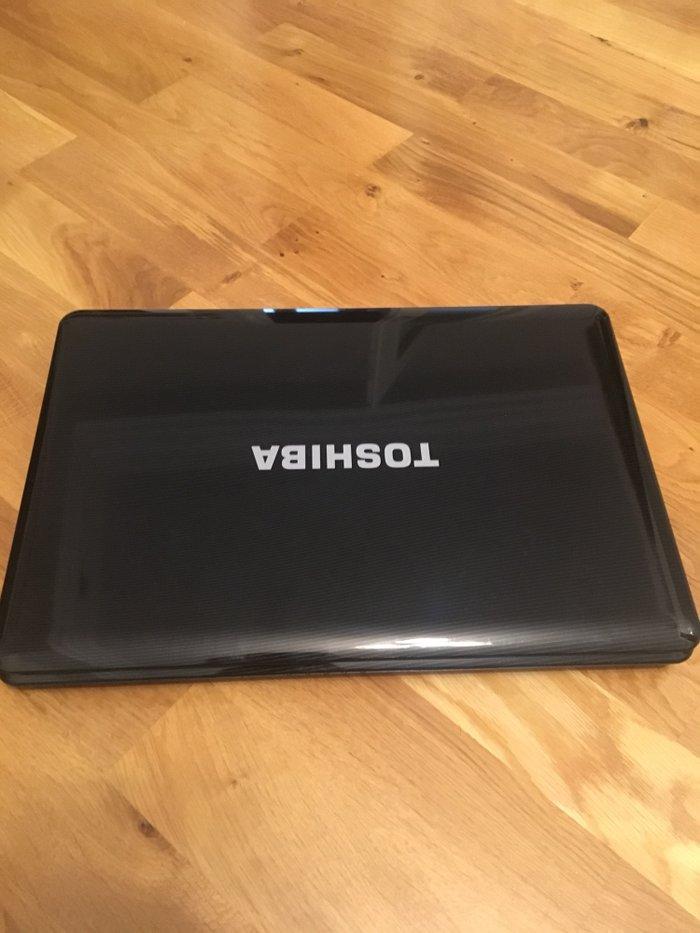 Bakı şəhərində Toshiba L505-10w. Videokartasi yanib