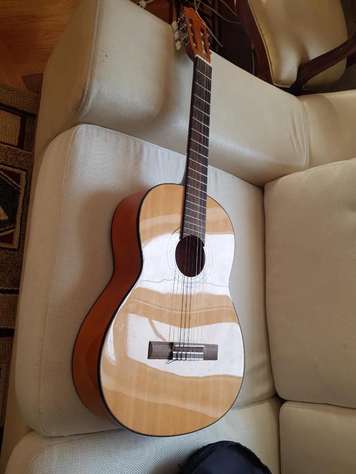 Gitarı 1 aydı 180 man almışam işlədməmişəm  130 a satıram. Photo 1