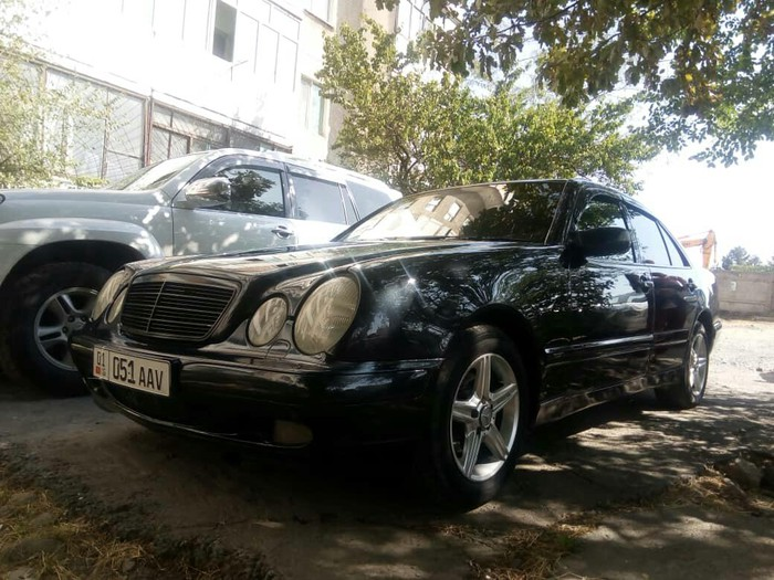 Mercedes-Benz 240 1999. Photo 0