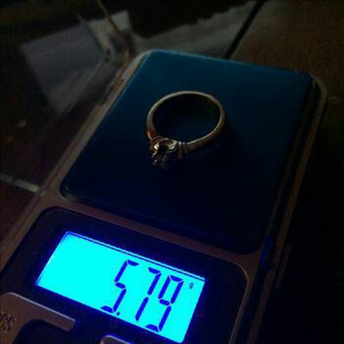 Χρυσο μονοπετρο δαχτυλιδι. Photo 2
