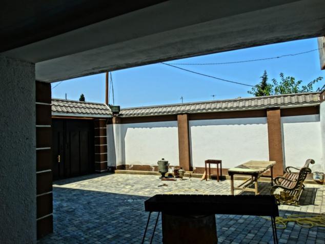 Satış Evlər vasitəçidən: 220 kv. m., 3 otaqlı. Photo 2
