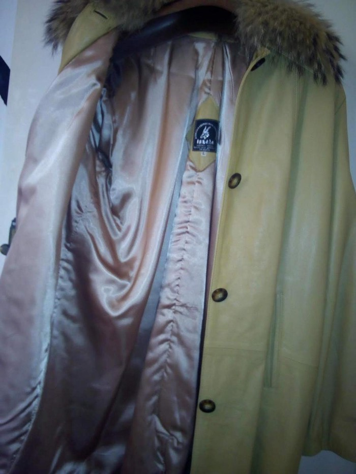 Real leather jacket. Photo 6
