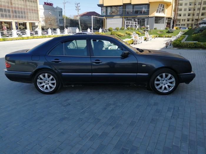 Bakı şəhərində Mercedes-Benz E 230 1997