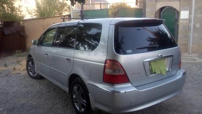 Honda Odyssey 2000. Photo 2