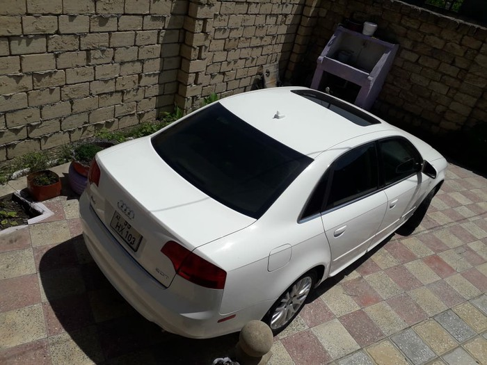 Audi A8 2008. Photo 2