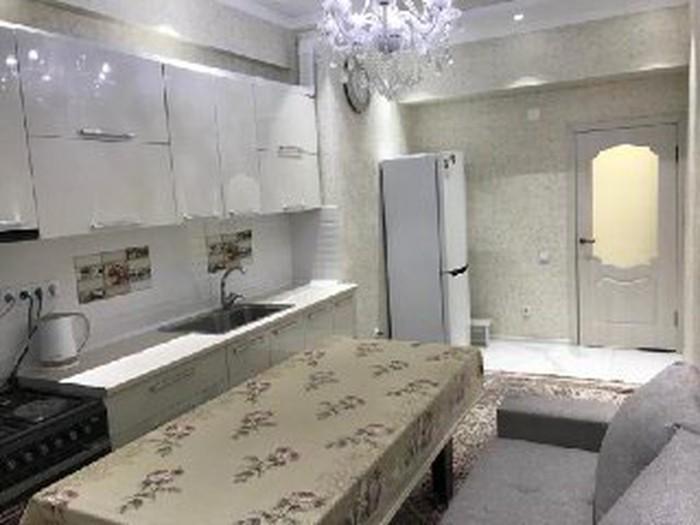 Сдается квартира: 2 комнаты, 80 кв. м., Бишкек. Photo 3
