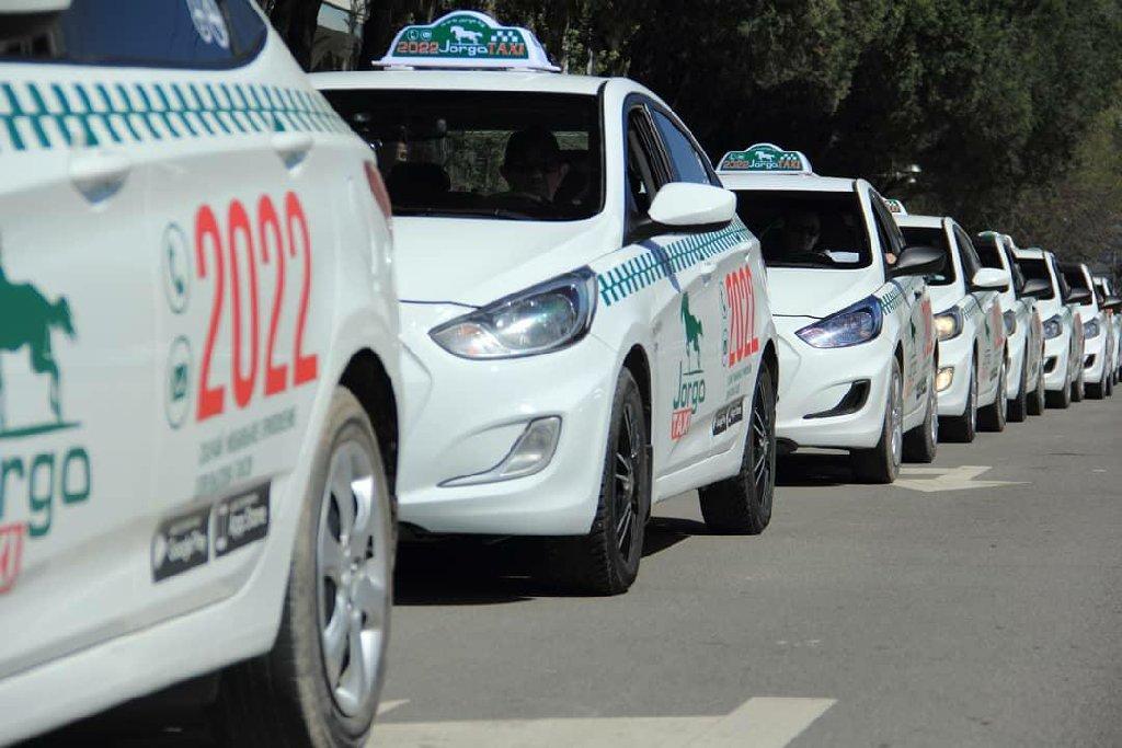 по цене: 30000 KGS: Работа в Jorgo Такси