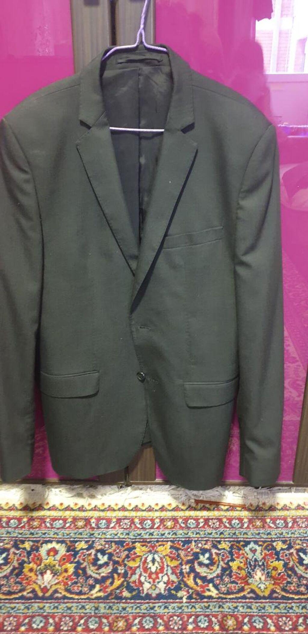 Zara sako , ocuvano samo treba na hemijsko da se nosi dugo stoji u ormaru