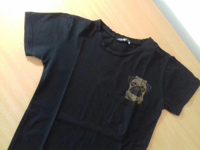 Crna majica turske proizvodnje. Bez ostecenja i fleka .. Photo 1