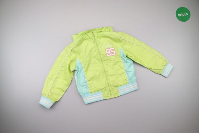 Дитяча куртка з капюшоном Benetton   Довжина: 43 см Рукав: 42 см Напів: Дитяча куртка з капюшоном Benetton   Довжина: 43 см Рукав: 42 см Напів