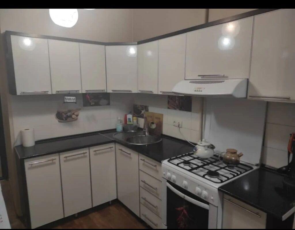106 серия, 3 комнаты, 60 кв. м Бронированные двери, Неугловая квартира: 106 серия, 3 комнаты, 60 кв. м Бронированные двери, Неугловая квартира