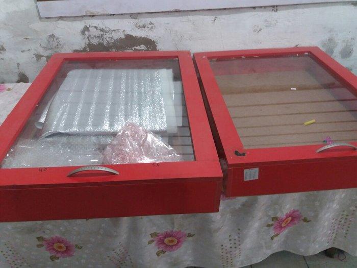 продаю отличные ветрины 3 шт,подходит для часов, мелких товаров,аксесу в Джалал-Абад